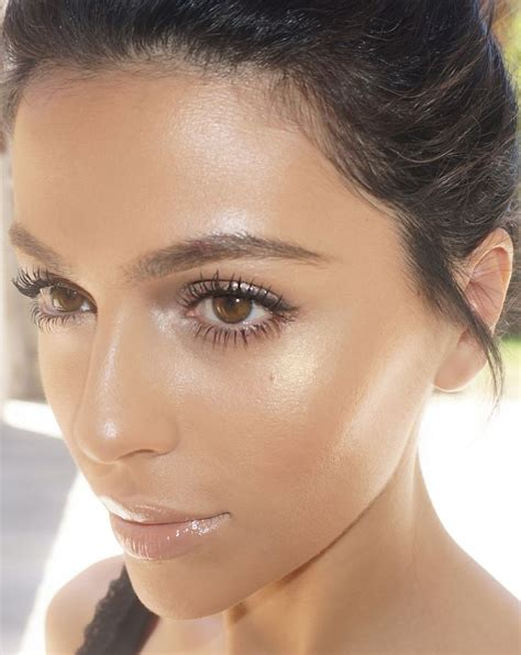 natural glow makeup look