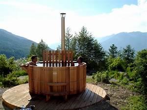 Feu A Bois : habitation autonome jacuzzi feu de bois ~ Melissatoandfro.com Idées de Décoration