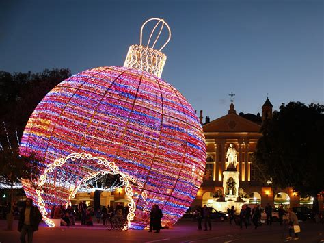 top christmas lights where to see the world s best lights photos cond 233 nast traveler