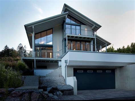 Moderne Häuser Am Hang by Hanghaus Mit Garage Im Keller Wohn Design