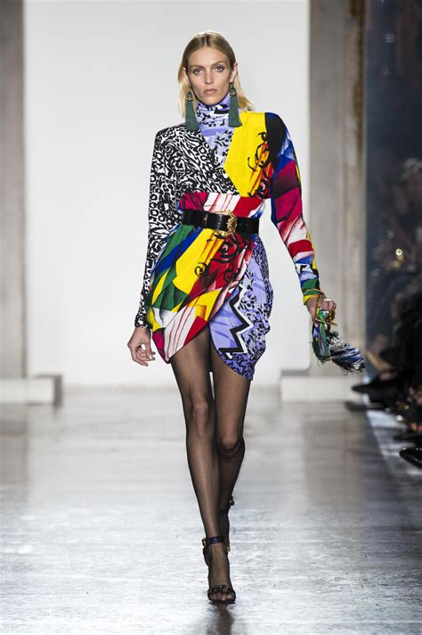 Versace Fall Winter 2018 Womens Collection The Skinny Beep