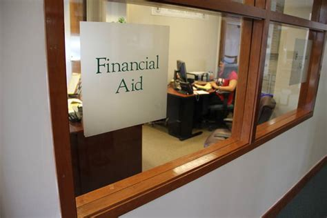Office Of Financial Aid by Why You Shouldn T Avoid Your Financial Aid Office