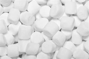 14 Little Known Uses For Marshmallows & How To Make Them
