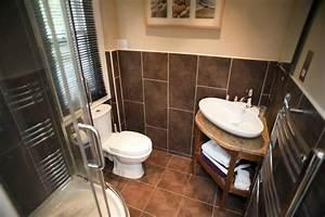 Image of Ensuite bathroom interior Freebie Photography