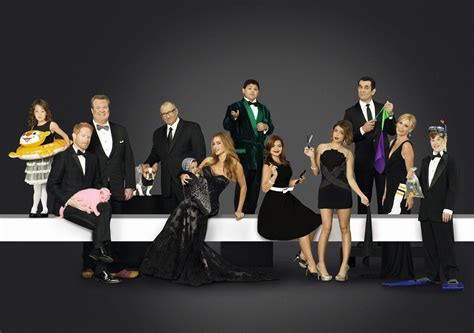 modern family season 5 wallpaper 2085 on wallpapermade
