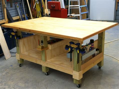 ft woodworking assembly table  legs     posts   locking wheels