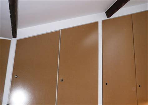 fabriquer une porte de placard comment fabriquer une porte coulissante comment fabriquer porte coulissant sur enperdresonlapin