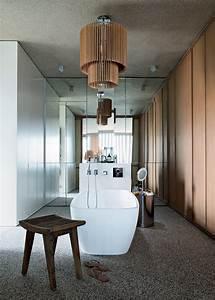 Une maison a la geometrie impressionnante marie claire for Salle de bain design avec décoration cinéma maison