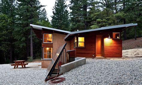 chalk hill straw bale cabin strawbalecom