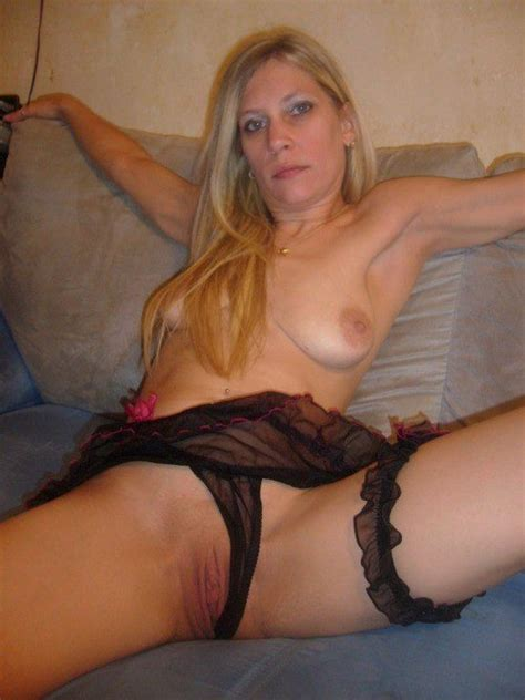 5 Homemade Pics Of Naked Amateur Wives Wifebucket Offical Milf Blog