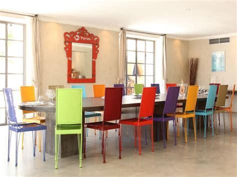 chaises pour salle à manger chaises salle à manger couleur le monde de léa