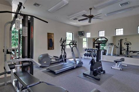spice   home workout sessions     design  small home gym decor