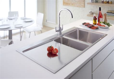 Kitchen Sinks : Corner Sink Kitchen With Attractive Layout To Tweak Your