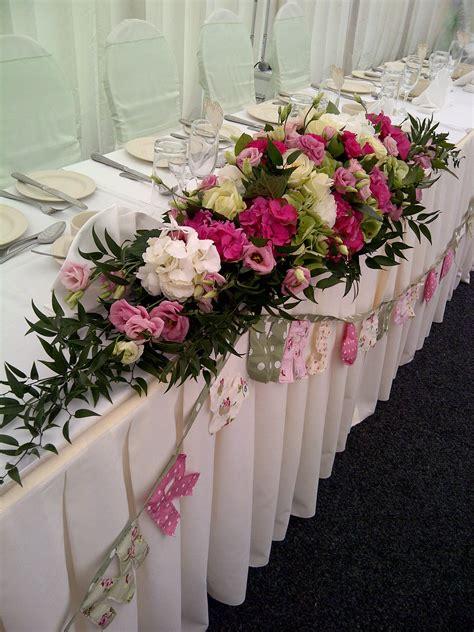 wedding table flower arrangements wedding flowers ideas