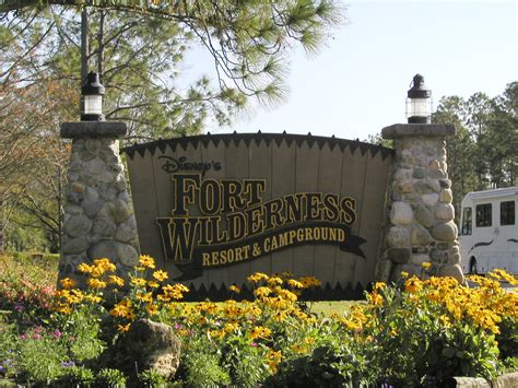 disney wilderness fort campground walt lodge resort activities cabins camp camping campgrounds ft disneys florida reservations narrated discussing including scenes