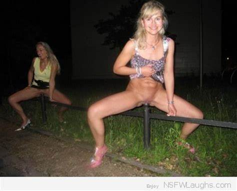 Fully Figured Blondes Gaped In Squatting Yard insertion