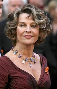 Beautiful And Modern Hairstyles For Older Women