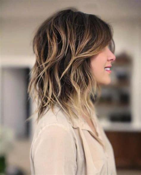 beste variationen einer mittleren shag haircut fuer