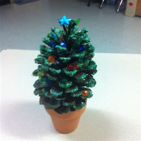 christmas tree pine cone pine cone christmas tree it s beginning to look a lot like christma