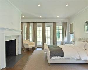 Benjamin Moore China White- walls, trim, and ceiling