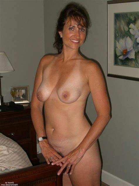 Milf Next Door Amateur Busty Porno Photo