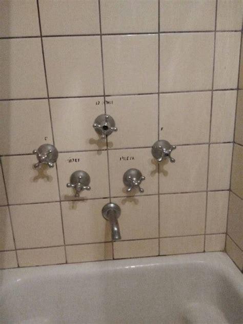 bad bathroom designs  pics