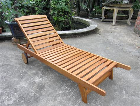 Patio Loungers On Sale by Patio Fold Up Garden Loungers Reclining Outdoor Chair
