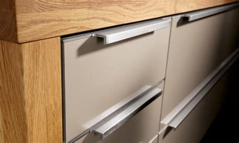 kitchen cabinet hardware uk average labour cost price to fit replace kitchen door handles 5472