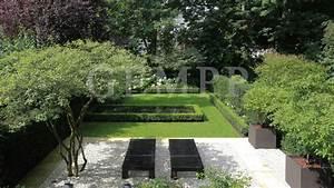 Moderne Gärten Bilder : stadthausvilla mit wasserbecken gartengestaltung hamburg gempp gartendesign ~ Eleganceandgraceweddings.com Haus und Dekorationen