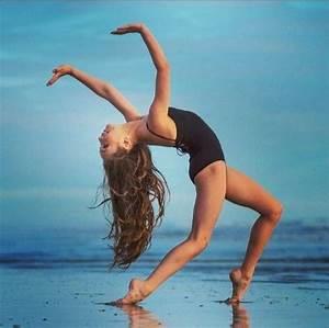 Maddie Ziegler sharkcookie shoot | Maddie Ziegler ...