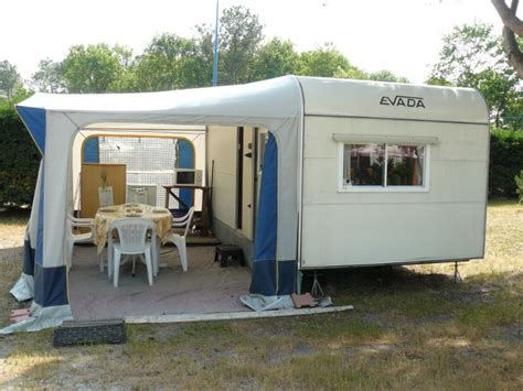 cuisine estivale location caravane 4 places 10m auvent 8m bassin
