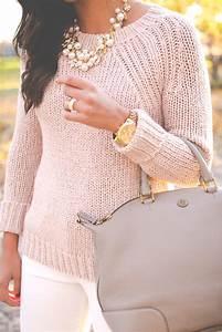 Blush Pink Sweater | A Southern Drawl