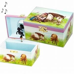 Boite A Bijoux Enfant : boite bijoux musicale enfant cheval et fillette cavacado ~ Teatrodelosmanantiales.com Idées de Décoration