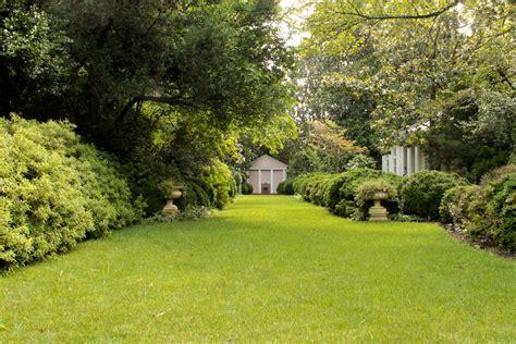 Backyard Posse by Landscape Design The Gracious Posse