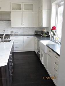 White cabinets with black granite black cabinet marble for Kitchen designs with white cabinets and black countertops