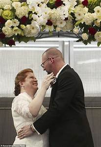 Couple renews vows as arranged marriage enters final ...