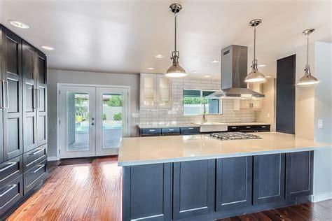slate backsplash tiles for kitchen 25 blue and white kitchens design ideas designing idea