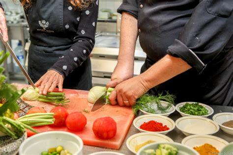 cours de cuisine essaouira cours de cuisine marocaine à essaouira avec l 39 heure bleue