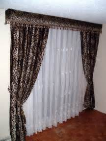 White Bedroom Curtain Ideas