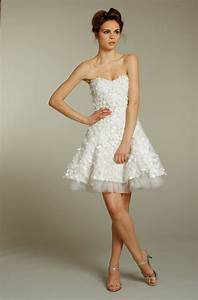 Fall short wedding dresses sang maestro for Wedding dresses short