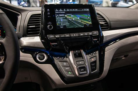 Research the 2014 honda odyssey at cars.com and find specs, pricing, mpg, safety data, photos, videos, reviews and local inventory. Auto Show Face-Off: 2021 Chrysler Pacifica Vs. 2020 Honda ...