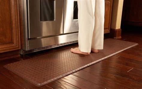 how to protect hardwood floors in kitchen pin by rite rug on flooring care tips info 9530
