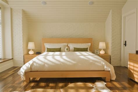 Feng Shui Bedroom Decoration Tips And Layout
