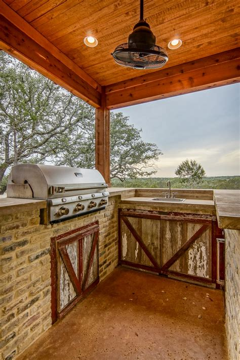 country outdoor kitchen photo page hgtv 2950