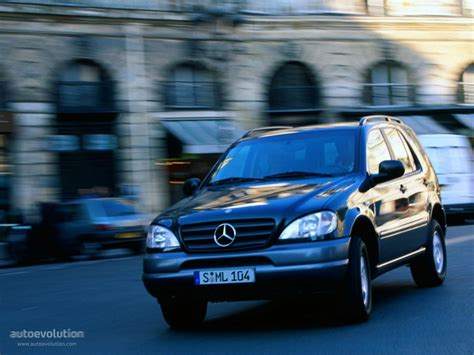 mercedes benz ml klasse  specs