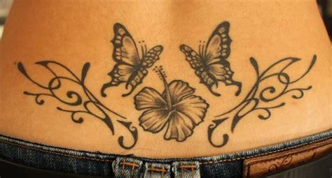 tatouage papillon femme