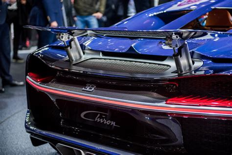The chassis is adaptive, meaning sensors and microprocessors control the suspension as well as ride height. 2018 Bugatti Chiron Gallery 668281   Top Speed