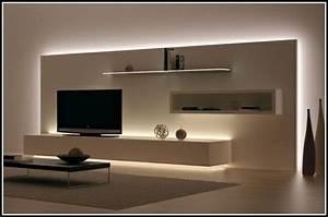 Ideen Tv Wand : indirekte beleuchtung wohnzimmer ideen wohnzimmer ~ Lizthompson.info Haus und Dekorationen