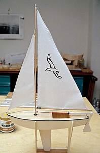 Schiff Basteln Holz : segelboot knickspanter ~ Frokenaadalensverden.com Haus und Dekorationen