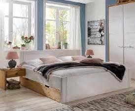 Komforthöhe Bett Wie Hoch : kiefer bett mit schubk sten rauna hoch dam 2000 ltd co kg ~ Markanthonyermac.com Haus und Dekorationen